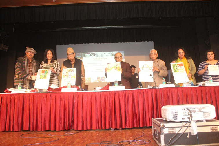 The Delhi launch of the Indo-Pak peace calender at Aaghaz-e-Dosti. Photo credit: aaghazedosti.files.wordpress.com