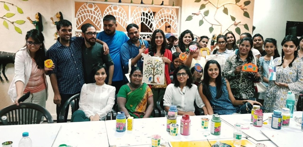 Inspired by the 'Paint Nite' concept in USA from where she returned last year, Rajvi Sanghvi sought to ignite the hobby bug among people back home through HobbMob.